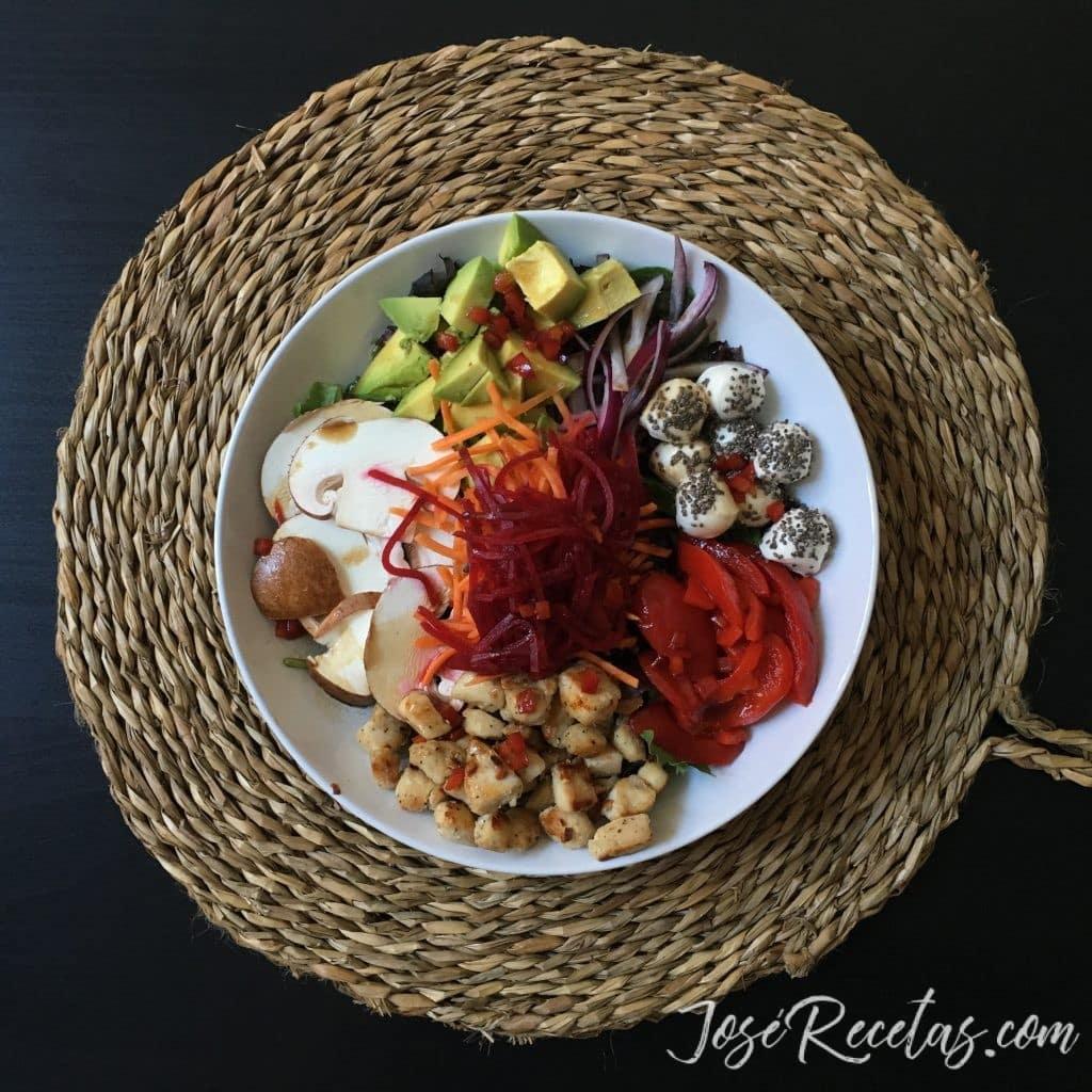 ensalada con pimiento rojo